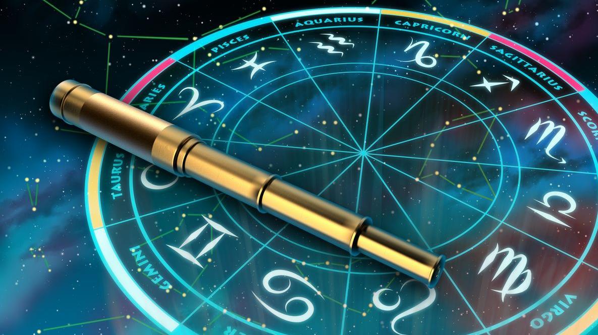 אסטרולוגיה צילום להמחשה בלבד