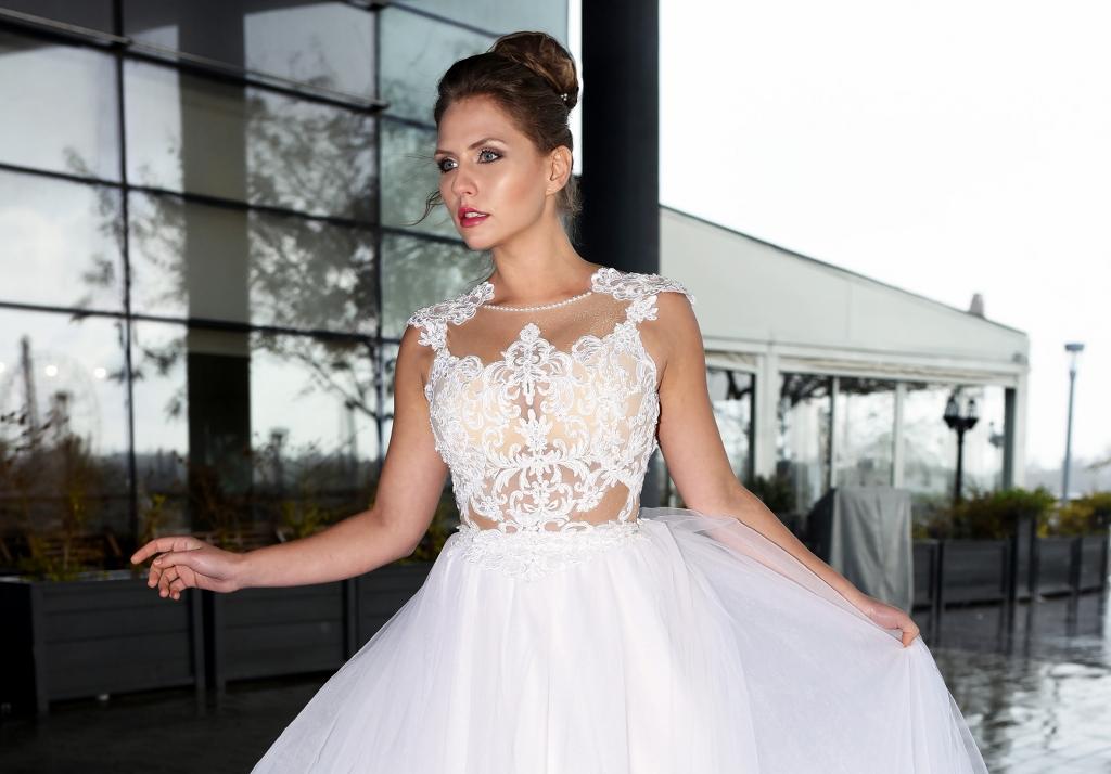 שמלת כלה בעיצובה של גליה זוהר. צילום ליהי אדל חסון