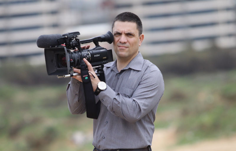 """העיתונאי רותם אבורצקי ירוץ לראשות העיר ראשון לציון צילום י""""חצ"""
