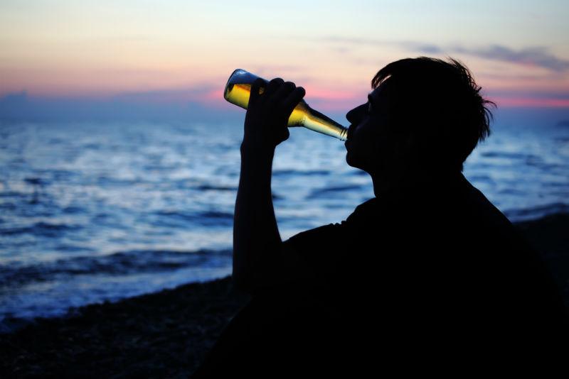 אלכוהול. אילוסטרציה