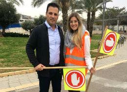 המשנה לראש העיר דורו אוזן ומור לביא סטודנטית שלוקחת חלק בפרויקט
