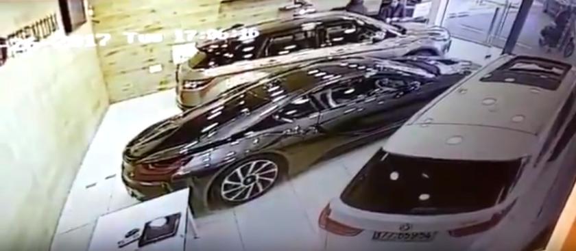 נסיון שוד בסוכנות רכב בראשון לציון