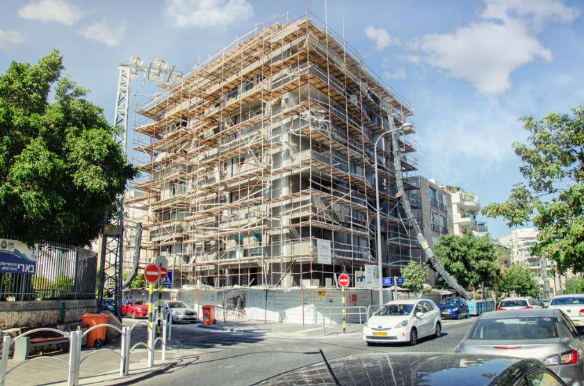 בניין בשיפוץ ראשון לציון