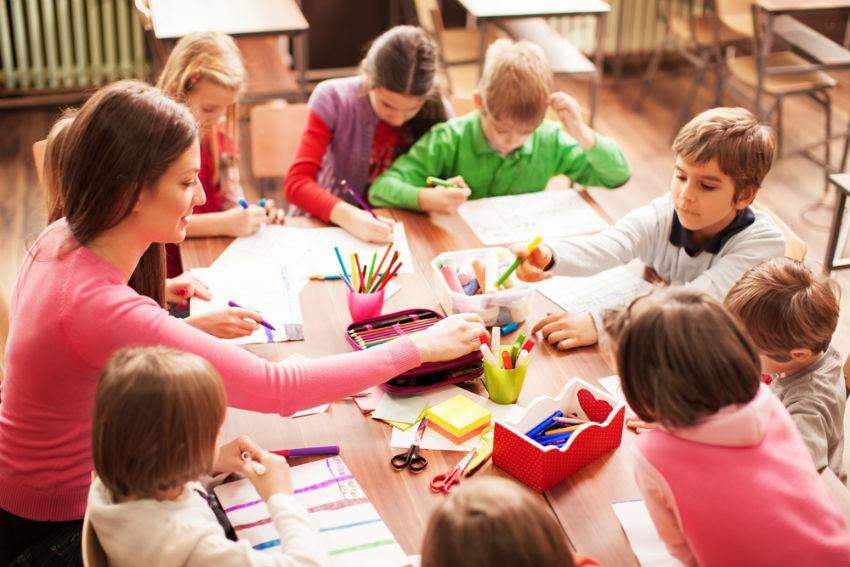 ילדים בכיתה, כיתה שיעור ציור