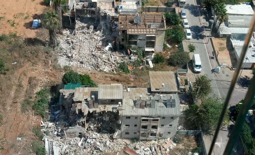 הריסת מבנים בשיכון סלע ראשון לציון לצורך פרויקט פינוי בינוי
