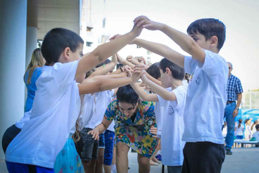 תלמידי ראשון לציון הבוקר (צילום: יוסי אלטרמן )