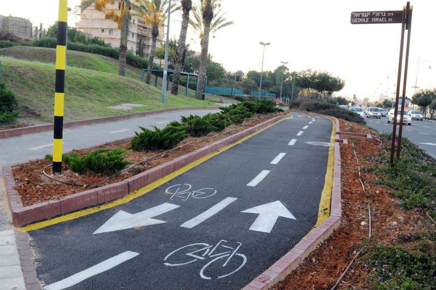 מסלול אופניים במערב ראשון לציון (צילום: עיריית ראשון לציון)