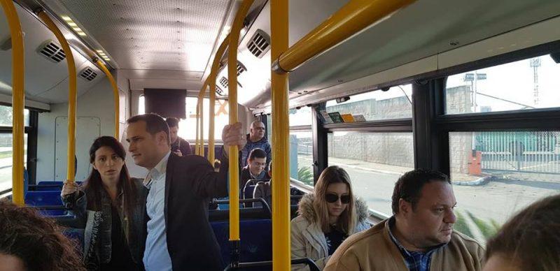 רז קינסטליך מצטרף לנסיעת הקווים החדשים. צילום: דוברות העירייה