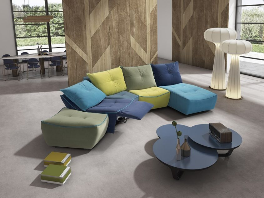 רהיטי אולטימה. צילום ליאון טוקאץ