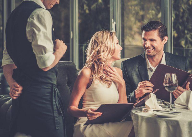 """ביטלו לבתי דייט ראשון כי בחרה להיפגש במסעדת שף: """"חשב שאני מנצלת אותו"""""""
