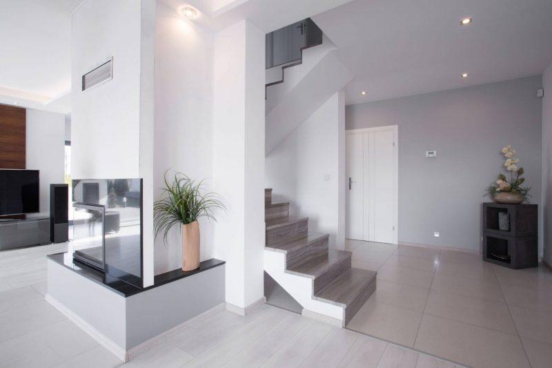 מדרגות שיש להשלמת העיצוב (צילום: א.פנינת השיש)