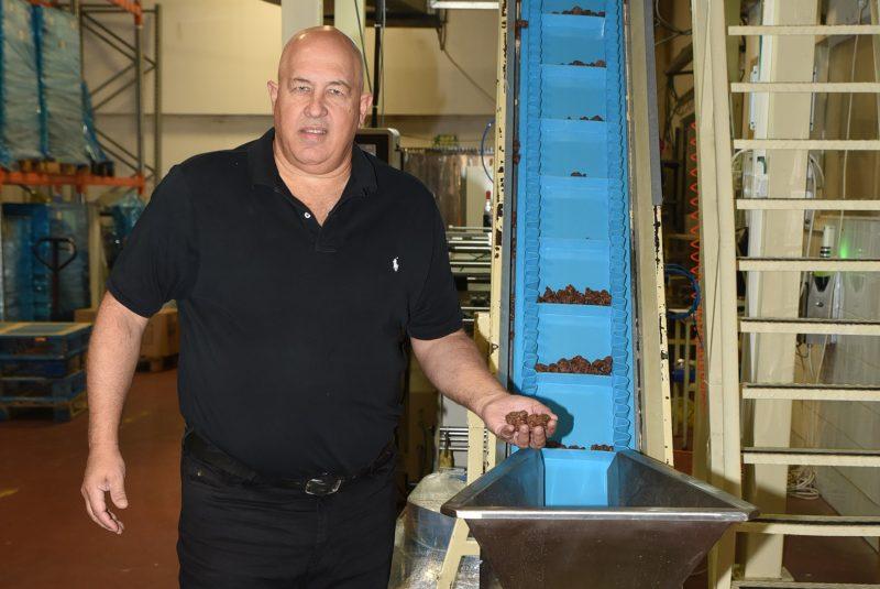 מתניה שוורץ מנכל חברת כרמית ממתקים צלם אלעד גוטמן (12)