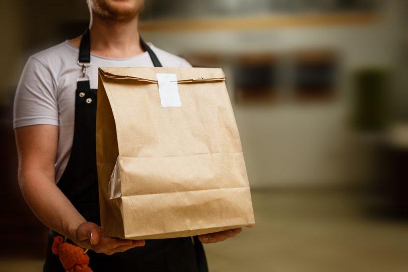 משלוחים בבאר יעקב בתחום המזון: 6 העסקים שיגיעו אליכם עד הבית עם שירות מתוגבר. קרדיט צילום : Dshutterstock By Andrew Angelov